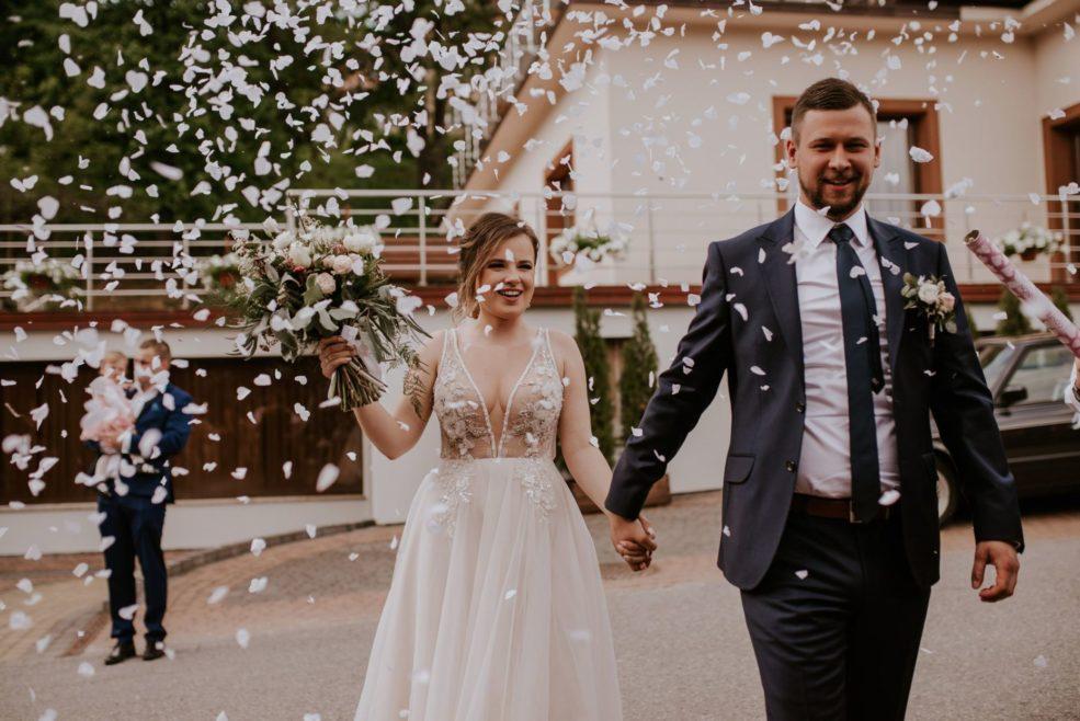 Ewa i Przemek | Klimatyczne wesele w hotelu Łaziska